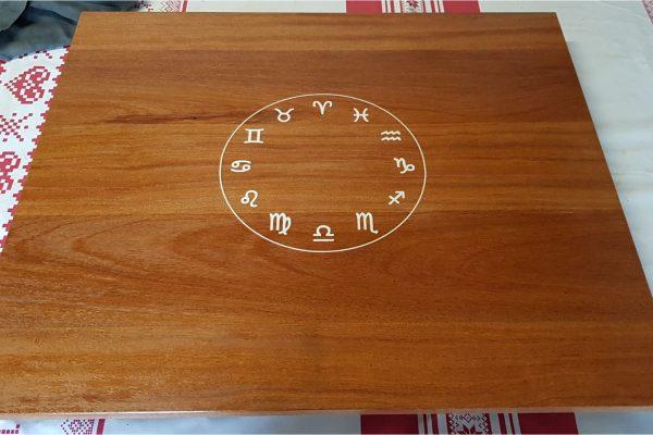 table Jo 1